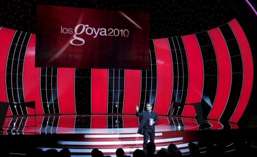 Andreu Buenafuente, presentador de la gala, se dirige al público asistente a la XXIIII edición de los Premios Goya.