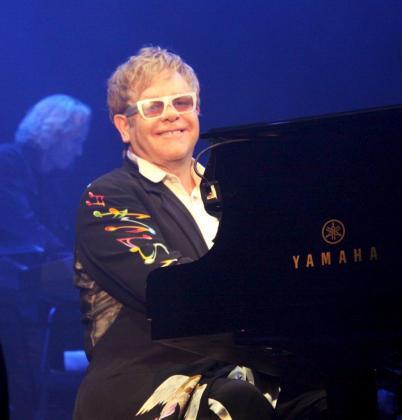 Elton John, durante el concierto que ofreció en Palma el año pasado.