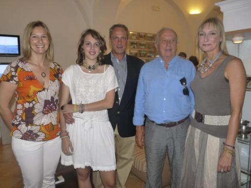 Paula Llull, Sandra Nicolau, Rafel Nicolau, Rafel Nicolau y Sandra Llull.