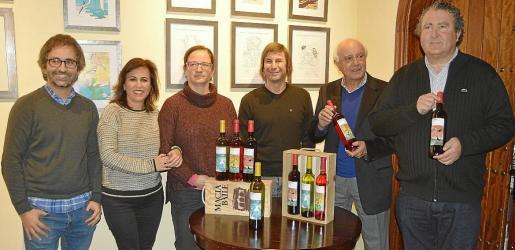 Carlos Rubí, Francisca Rubí, Eva García, Alex Fito, Sebastià Rubí y Ramón Servalls.