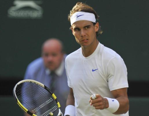 Rafa Nadal, durante el partido que le ha enfrentado a Andy Murray en semifinales de Wimbledon.