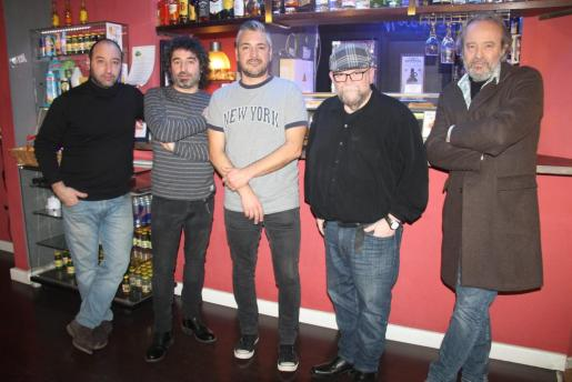 Toni Trobat, Julio Molina, Gabi Marcos, Pep Aguiló e Ivan Tobiass: Urtain.