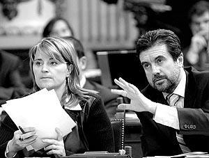 Jaume Matas, en la foto con Rosa Estarás, considera legítima la iniciativa de Formentera.
