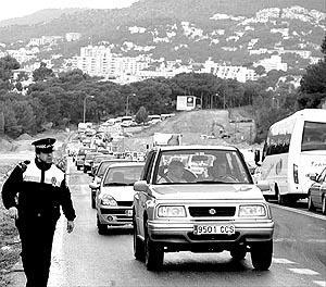 La carretera entre Palmanova y Peguera quedó colapsada. Foto: MICHELS