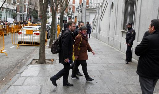 La exdiputada de la CUP, a su llegada a la sede del Tribunal Supremo, citada a declarar por el juez que investiga a la cúpula del proceso soberanista, por un supuesto delito de rebelión.