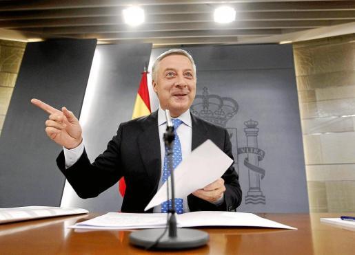 José Blanco se estrenó ayer como portavoz del Gobierno.