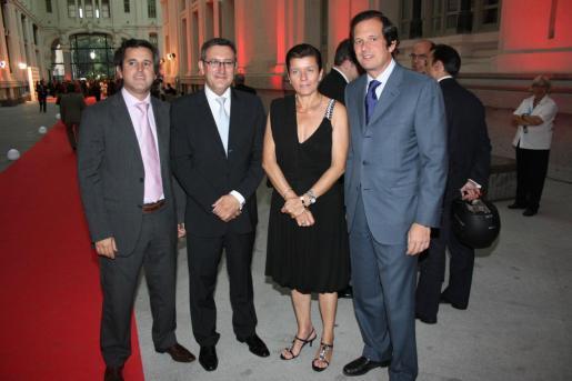 Pedro Rullán, Juan Luis Moreno, director digital de Vocento; Carme Serra y Emilio Ybarra.