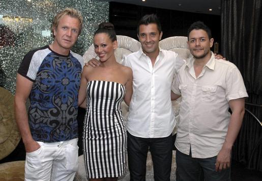 Juan Andrés, Nereida, Pedro Sabater y Francisco Cobos.
