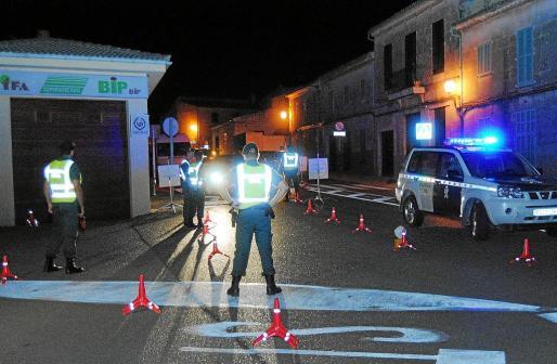 La Guardia Civil del puesto de Santa Margalida realizó un espectacular despliegue y controló las entradas y salidas.