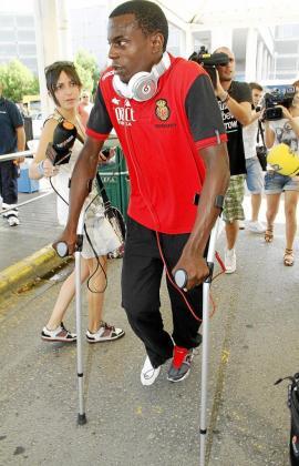 Pereira, a su regreso a Palma, sufre una distensión del ligamento cruzado anterior sin signo de rotura.