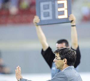 Las Palmas de Fernando Vázquez ridiculiza al Mallorca en Son Moix. foto: TOMÁS MONTSERRAT
