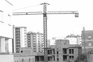 Los expertos abogan por mejorar y urbanizar los cascos urbanos de pueblos y ciudades.