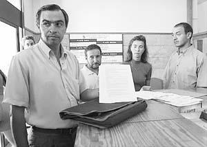 La Plataforma Antivariant d'Algaida registró la alegación conjunta que reclama alternativas. Foto: TERESA AYUGA