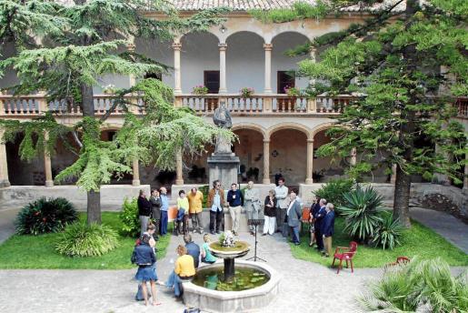 Imagen del Monestir de la Real, lugar donde se ofrecerá la conferencia sobre astronomía.