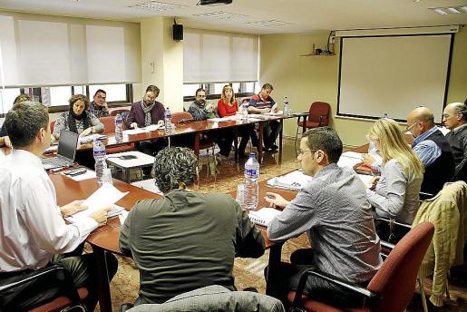 Imagen de archivo de una reunión de la Mesa Sectorial de Sanidad.
