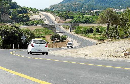 La carretera facilita las conexiones con la zona costera y desvía un tránsito de 9.000 vehículos.