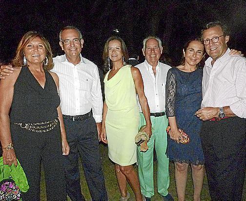 Ana de Benito, Juan Carlos Ramón, Tina Nadal, Joaquín James, Margarita Palos y Miguel Urra.