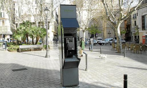 La decisión del TSJB afecta a todos los operadores que ofrecen servicios de telefonía fija e internet y a los que se cobraba por utilizar antenas y otro tipo de dispositivos que ocupaban espacio público en Palma. Otros municipios tienen tasas similares.