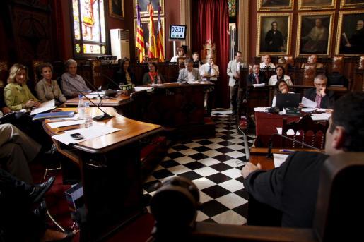 Imagen de un pleno celebrado en el Ajuntament de Palma.