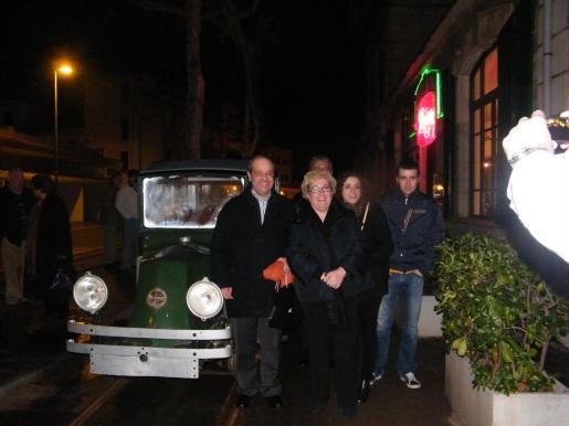 Tolo Oliver, Maria Boter y sus hijos Marga y Tomeu.