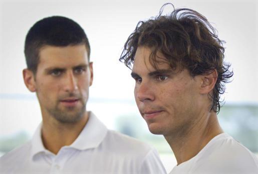 En la imagen Novak Djokovic y Rafael Nadal, el número uno y el segundo mejor del mundo.