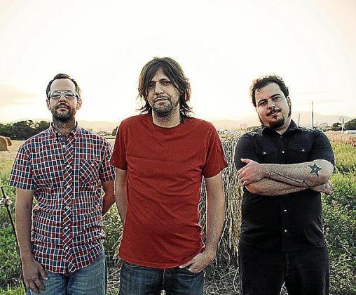 Imagen promocional de la banda Platovacío.