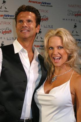 Foto de archivo de Lorenzo Lamas con su ex mujer.