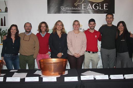 Caterine Villalonga, Manuel Cuesta, Maria Heredia, Tiffany Blackman, Eva Serra, Javier Blanco, Alejandro Peregrina y Maria José Mérida.