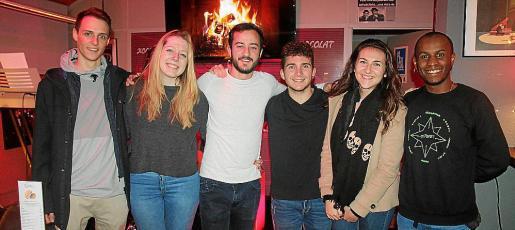 Daniel Ciurana, Alba Córdoba, Toni Servera, Víctor Martínez, Stefani Krasimirova e Ismael Montaña.