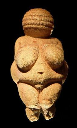 La pequeña representación en piedra de una mujer desnuda es identificada por los entendidos como una representación simbólica de la fertilidad, datada de hace 30.000 años.