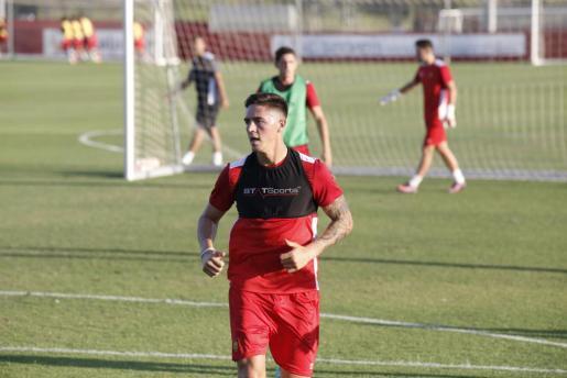 Imagen de Antonio Raíllo durante un entrenamiento del Real Mallorca.