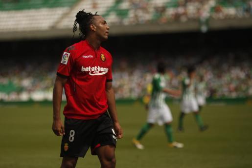 Emilio Nsue, en el partido disputado el pasado fin de semana entre el Mallorca y el Betis en Sevilla.