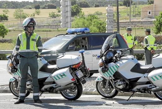 A pesar de que el caso lo instruye el CNP, la detención la practicó una patrulla de Tráfico benemérita.