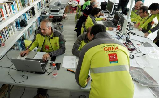 Puesto de mando que coordina el operativo de búsqueda del pequeño Gabriel desaparecido en Nijar (Almería).
