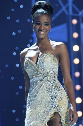 La angoleña Leila Lopes, de 25 años.