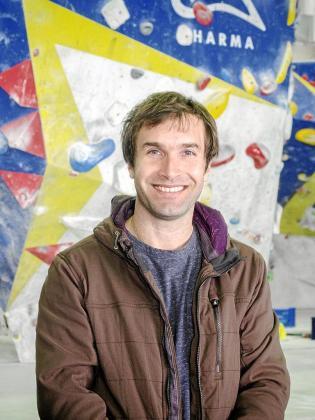 Imagen del escalador Chris Sharma, que el jueves día 15 ofrecerá una conferencia en el Trui Teatre.