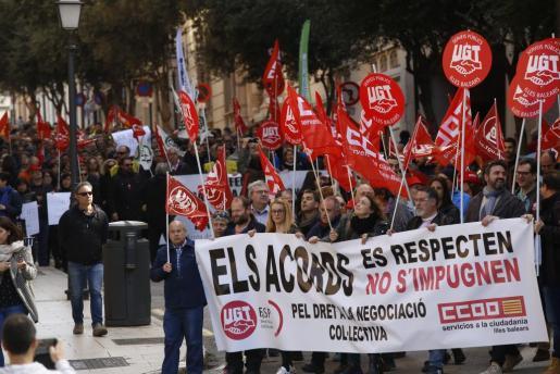 Más de 500 personas se manifiestan en Palma.