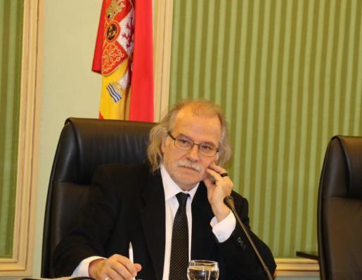 El director general de IB3, Andreu Manresa, este jueves en el Parlament.