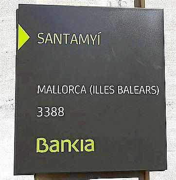 Una de las nuevas placas de Bankia.