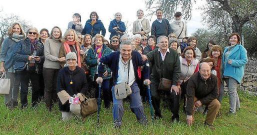 El grupo de vecinos que participaron en la excursión.