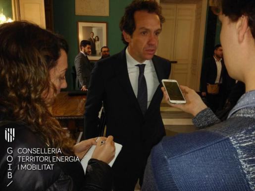 El Govern dedicará 50.000 euros fijos para el pago de los descuentos a los no residentes en Palma.