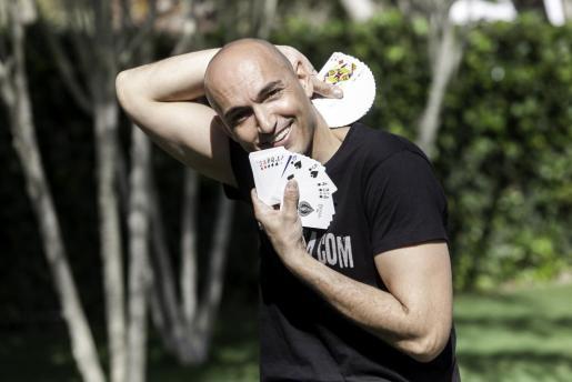 Albert Colomer: «Desde que en 2008 creé la empresa Showsibiza y me hice autónomo soy como un superhéroe, no me he vuelto a poner.