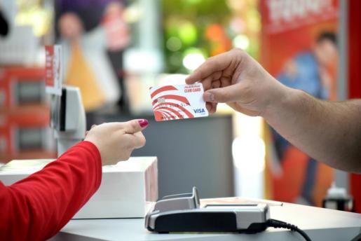 Media Markt Fan y Ocimax te abren las puertas de su Club Card, una tarjeta que ofrece numerosas ventajas a los clientes.