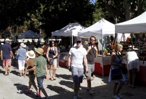 Imagen del mercado artesanal de s'Hort del Rei.