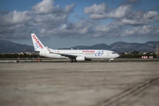 Avión de Air Europa en el aeropuerto de Son Sant Joan.