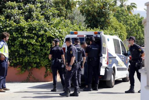 La Policía Nacional practicó la detención de la mujer.