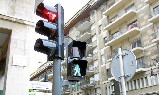 Los dispositivos se colocarán en los puntos más conflictivos de Palma y las multas previstas para los infractores alcanzan los 200 euros.