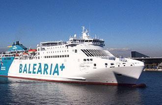 El temporal de viento y mala mal obligó a cambiar la ruta del ferry que cubría la ruta Barcelona-Ciutadella-Alcúdia.