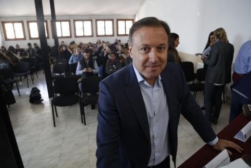 Mesquida comunica su baja del PSIB-PSOE.