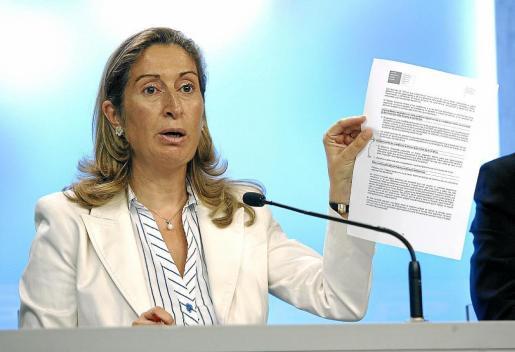 Ana pastor asegura que si el PP gobierna habrá una «revolución» sanitaria sin ningún recorte presupuestario.